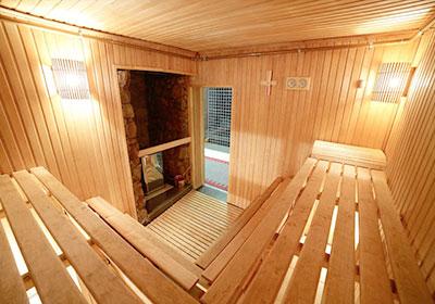 kuva saunan kaksinkertaisesta valaistuksesta